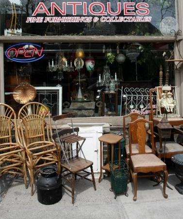 antique: antique shop, Boston, 2009