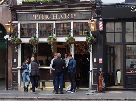 Londense pub, St. Martin Steeg, 2016