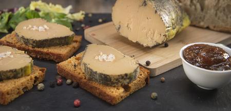 Foie gras i piernik, Bordeaux, Francja
