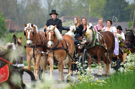 Georgi-Ritt Georgi-Ride in Bad-Wimsach Neydharting (Austria) Éditoriale