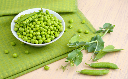 no way out: Pea on white plate