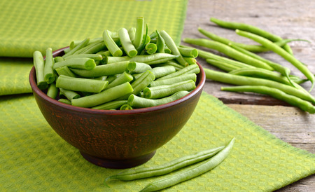french bean: Green bean in the bowl
