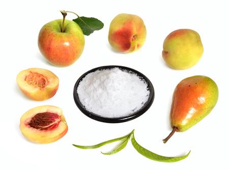 Fructose, 또는 과일 설탕 접시에. 과일과 함께.
