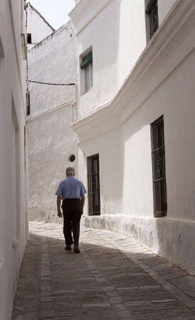 narrowly: walk