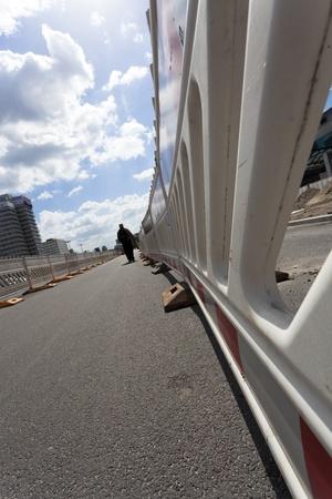 abgesperrten Fahrspur für Fußgänger
