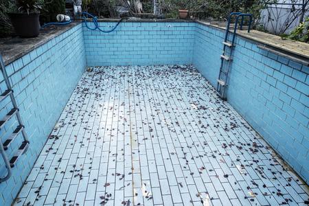 impure: old swimming pool