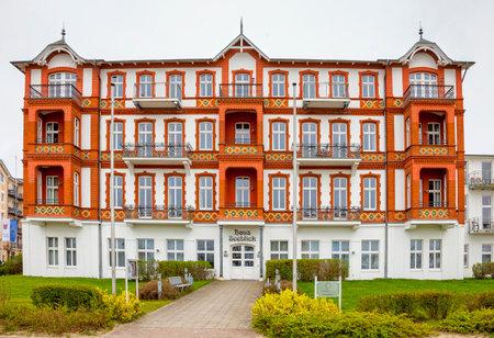 alt Schne Villa Editorial