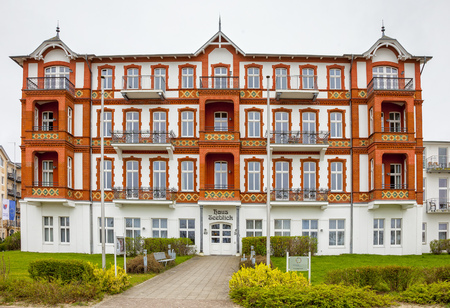 rehabilitated people: old Schne Villa
