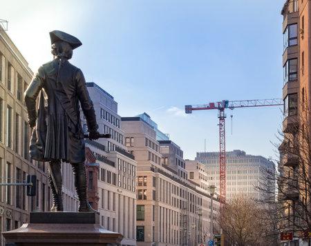 figur: Statue von Fürst Leopold von Dessau in Berlin Mitte