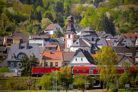 altstadt: Blick auf die Altstadt Trechtinghausen am Mttelrhein in Rheinland Pfalz, Deutschland Editorial