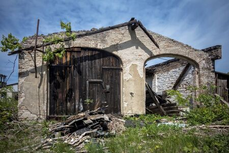 quemado: una casa quemada Foto de archivo