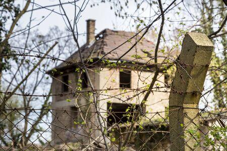 old  ruin: old ruin
