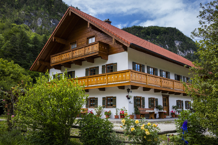 Haus in Bayern Standard-Bild