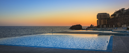 auszeit: Infinity pool in madeira Editorial