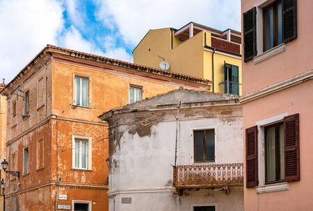 Bunte Häuser auf der Insel Burano bei Venedig Standard-Bild