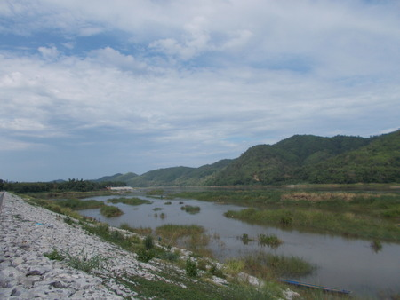 sightsee: The Mekong river , Mountain sightseeing from Thailand.