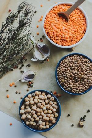 다양한 콩 씨앗 사발에 스톡 콘텐츠