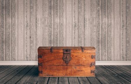 cofre del tesoro: Pecho de madera viejo con iluminado cerrado