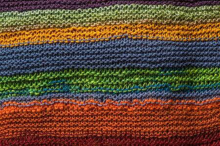 colores calidos: Prendas de punto de fondo en muchos colores c�lidos
