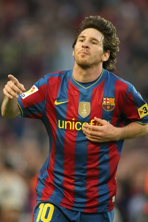 leo messi: Leo Messi of Barcelona during a Spanish League match between FC Barcelona and Valladolid at the Nou Camp Stadium on May 16, 2010 in Barcelona, Spain Editorial