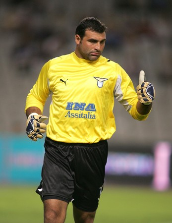 angelo: Lazio Goalkeeper Angelo Peruzzi during a friendly match between Espanyol and Lazio at the Olympic Stadium on SEPTEMBER 1, 2006 in Barcelona, Spain