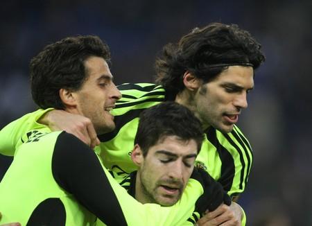 jorge: Jorge Lopez (L), Lafita (R), Arizmendi (B) of Zaragora celebrate goal during a Spanish League match against Espanyol at the Estadi Cornella on January 10, 2010 in Barcelona, Spain