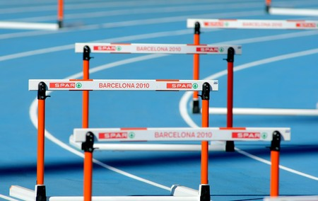 relevos: Atletismo los obst�culos antes de 400 m vallas mujeres evento del XX Campeonato Europeo de Atletismo en el Estadio Ol�mpico el 27 de julio de 2010 en Barcelona, Espa�a.