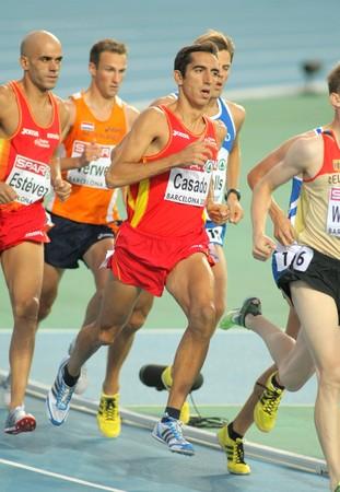 finalistin: Arturo Casado von Spanien w�hrend der M�nner 1500m Veranstaltung w�hrend der 20th Leichtathletik-Europameisterschaft am Olympiastadion am Juli 28, 2009 in Barcelona, Spanien