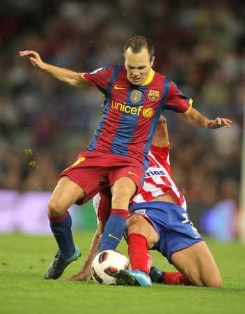 iniesta: Andres Iniesta of Barcelona in action during spanish league match between FC Barcelona and Sporting Gijon at Nou Camp Stadium in Barcelona, Spain. September 22, 2010