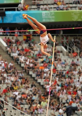 deportes olimpicos: Ptacnikova de Jirina de República Checa compite en el depósito del Polo de la mujer durante el XX Campeonato Europeo de atletismo de en el Estadio Olímpico el 30 de julio de 2010 en Barcelona, España