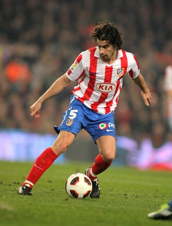 midfielder: Tiago Mendes of Atletico de Madrid during the match between FC Barcelona and Atletico Madrid at the Nou Camp Stadium on February 5, 2011 in Barcelona, Spain