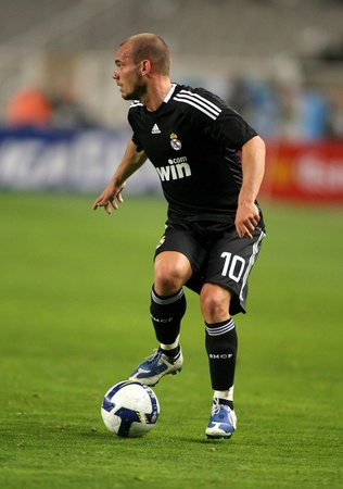 wesley: Wesley Sneijder of Real Madrid in action during the La Liga match between Espanyol and Real Madrid at the Montjuic Olympic Stadium on February 28, 2009 in Barcelona, Spain Editorial
