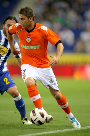 cf: Joaquin Sanchez of Valencia CF during a spanish league match between RCD Espanyol and Valencia CF at the Estadi Cornella on May 11, 2011 in Barcelona, Spain