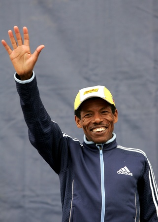 haile: The World Recordman Marathon Haile Gebrselassie greets the people after Granollers Half Marathon at Granollers on February 6, 2005 in Barcelona, Spain Editorial