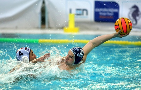 world player: Vasas of Budapest player Denes Varga in  action during a match of Water polo Euroleague Final four 2008 against Pro Recco  at Monjuich swimming pool May 17, 2008 in Barcelona, Spain