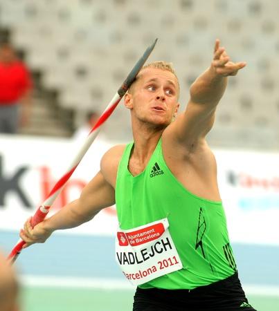 lanzamiento de jabalina: Jakub Vadlejch de Rep�blica Checa durante reuni�n de Javelin Throw evento de Barcelona atletismo en el Estadio Ol�mpico el 22 de julio de 2011 en Barcelona, Espa�a
