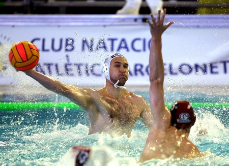vasas: Vasas of Budapest player Denes Varga in  action during a match of Water polo Euroleague Final four 2008 against Jug Dubrovnik at Monjuich swimming pool May 16, 2008 in Barcelona, Spain