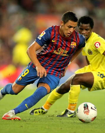 winger: Alexis Sanchez of FC Barcelona in action during a Spanish League match between FC Barcelona and Villarreal at the Nou Camp Stadium on August 29, 2011 in Barcelona, Spain