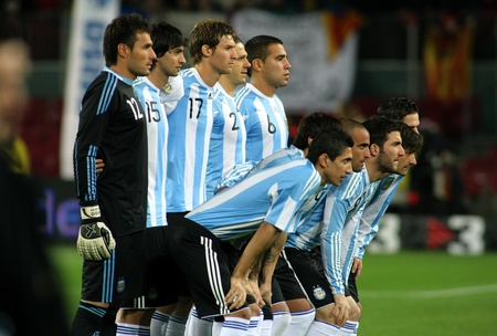 world player: Argentinian players posing befre the friendly match between Catalonia vs Argentina at Camp Nou Stadium in Barcelona, Spain. Dec. 22, 2009 Editorial