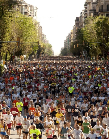 Runners on Cursa de El Corte Ingles, the second most popular race in the world, on Barcelona streets on May 6, 2007 in Barcelona, Spain