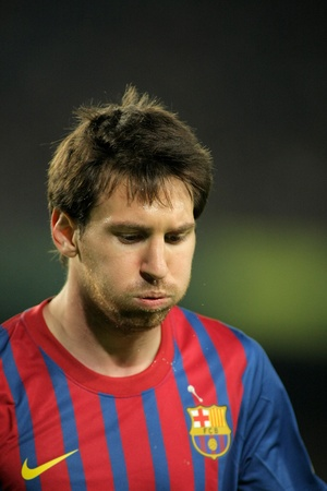 mesi: Leo Messi of FC Barcelona during the spanish league match against Real Zaragoza at the Nou Camp Stadium on November 19, 2011 in Barcelona, Spain