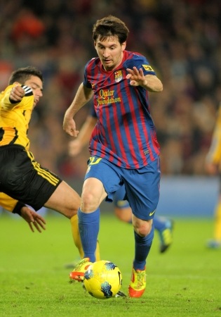 Leo Messi of FC Barcelona during the spanish league match against Real Zaragoza at the Nou Camp Stadium on November 19, 2011 in Barcelona, Spain