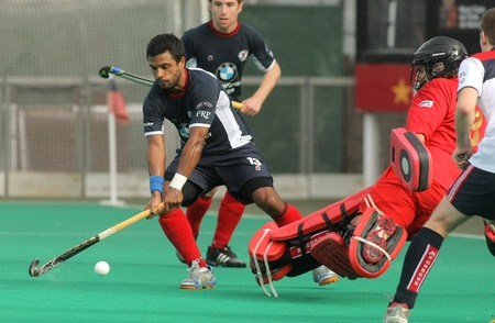 leuven: Juan Garreta of KHC Leuven in action  during a King