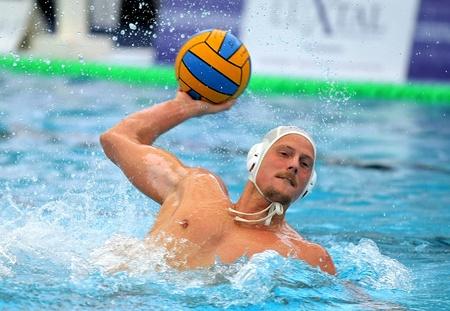 water polo: Húngaro Arpad jugador de waterpolo del CN ??Mataró Babay en acción durante la Copa del Rey española 18 Editorial