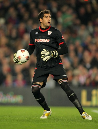 winger: Gorka Iraizoz of Athletic Bilbao in action during the Spanish league match against FC Barcelona at the Camp Nou stadium on March 31, 2012 in Barcelona, Spain