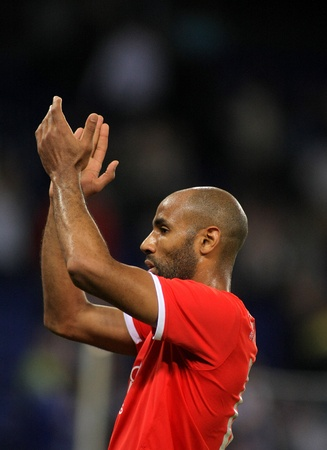 frederic: Frederic Kanoute of Sevilla FC clapping hands  during a Spanish League match against RCD Espanyol at the Estadi Cornella on May 13, 2012 in Barcelona, Spain Editorial