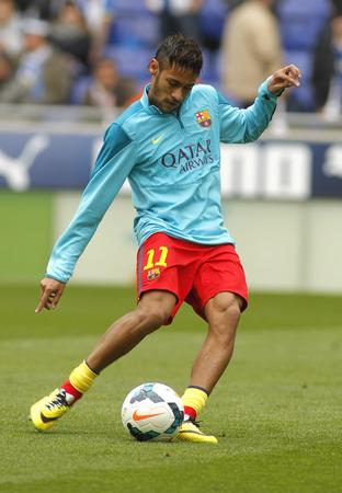 winger: Neymar da Silva of FC Barcelona warm up before a Spanish League match against RCD Espanyol at the Estadi Cornella on March 29, 2014 in Barcelona, Spain