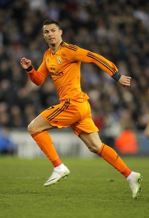 スペイン国王杯中にレアル マドリードのクリスティアーノロナウド Ronaldo 一致エスパニョールと Estadi コルネイヤでレアル マドリードで 2014 年 1 月