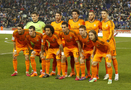 sergio: Real Madrid lineup before the Spanish Kings Cup match between Espanyol and Real Madrid at the Estadi Cornella on January 21, 2014 in Barcelona, Spain