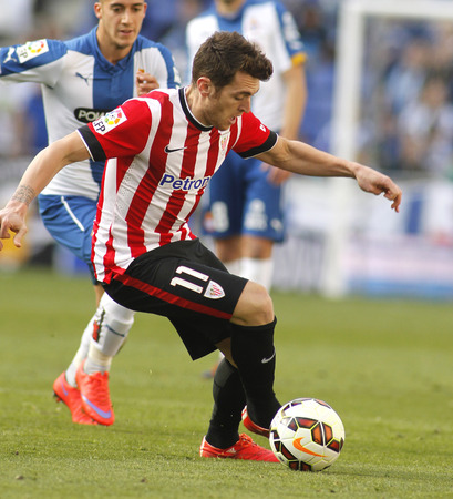gomez: Ibai Gomez of Athletic Club Bilbao during a Spanish League match against RCD Espanyol at the Power8 Stadium on April 12 2015 in Barcelona Spain Editorial